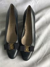 Salvatore Ferragamo Vintage Vara Bow Navy Leather Block Heel Pumps Size ... - $49.40 CAD