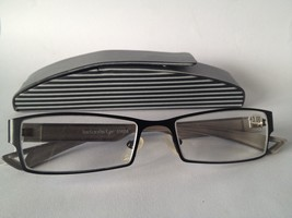 Designer Reading Glasses +300 +3.0 Black & White Striped Hard Case +3.00... - $15.51