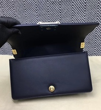 100% AUTHENTIC CHANEL NAVY BLUE QUILTED LAMBSKIN MEDIUM BOY FLAP BAG GHW image 5