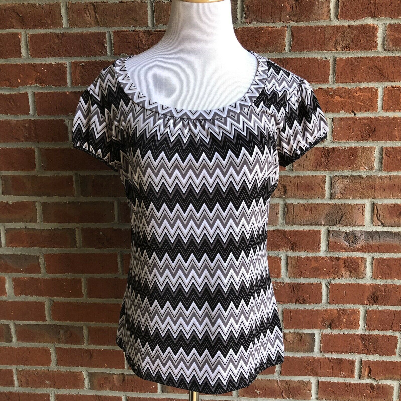 Primary image for Worthington Stretch Short Sleeve Top - Size M