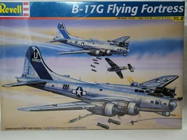 WWII USAF B-17G FLYING FORTRESS REVELL 1:48 SCALE PLASTIC MODEL AIRPLANE... - $39.99