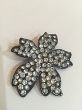 PIN/BROOCH VINTAGE UNMARKED Black-TONE Flower With Clear Rhinestones  - $11.66