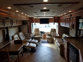 2010 Tiffin Phaeton 40QTH FOR SALE IN Mosier, OR 97040 image 4