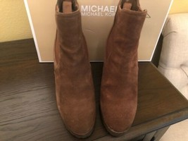 Michael Kors Thea DK Caramel Suede Booties Wedges Elastic Sides Size 37 / 6.5 - $55.44