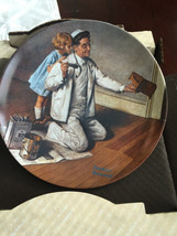 """KNOWLES NORMAN ROCKWELL """"The Painter"""" PLATE - $13.37"""