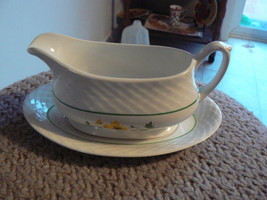 Wedgwood gravy boat with underplate 1 available - $18.76