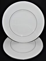 2 Royal Doulton Amulet Pattern H4998 Dinner Plates Fine Bone China England - $44.54