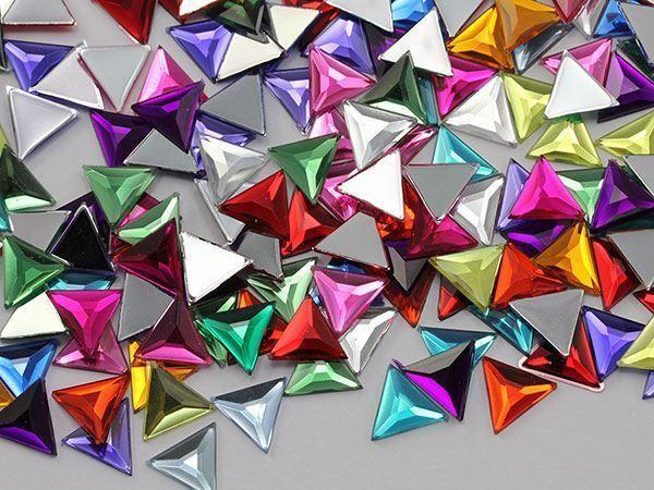13mm Violet .VT Flat Back Triangle Acrylic Gemstones - 50 Pieces