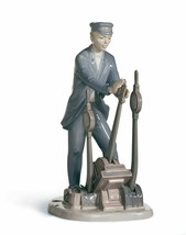 Lladro Retired 01008007 Switch operator Limited Edition New in Box 8007 - $485.80