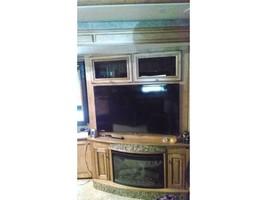 2014 WINNEBAGO ELLIPSE 42QD For Sale In Stevensville, MT 59870 image 4