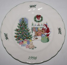 Nikko Happy Holidays 1998 Christmas Collector Plate Chestnuts Roasting with Box - $19.75