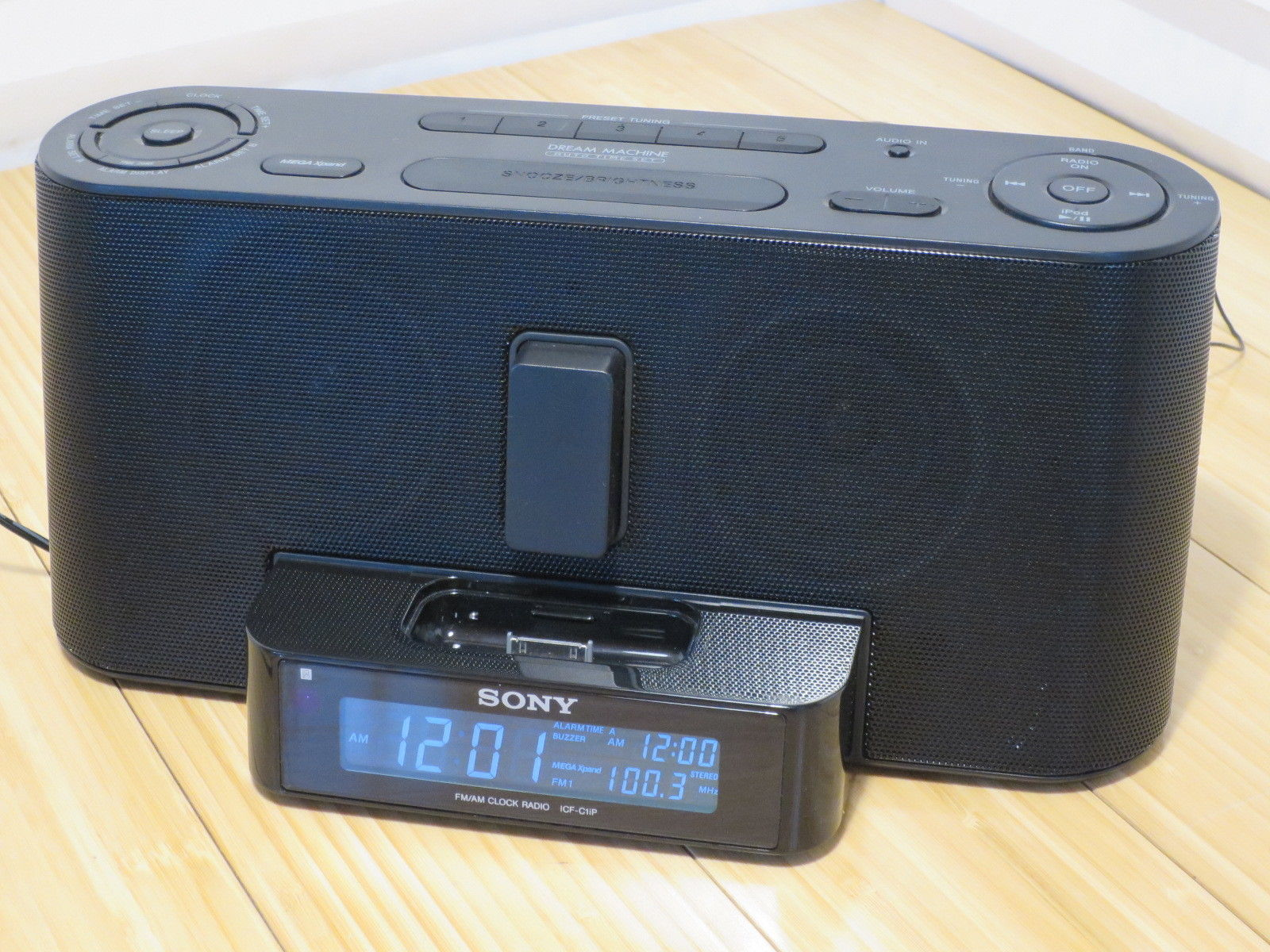 Sony Dream Machine Amfm Clock Alarm Radio And 10 Similar Items