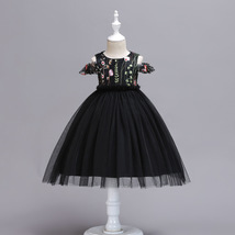 Ball Gowns Black Tulle Embroidery Kids Flower Girl Dress Strapless Party Gowns  image 1