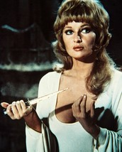 Stephanie Beacham Dracula A.D. 1972 16X20 Canvas Giclee - $69.99
