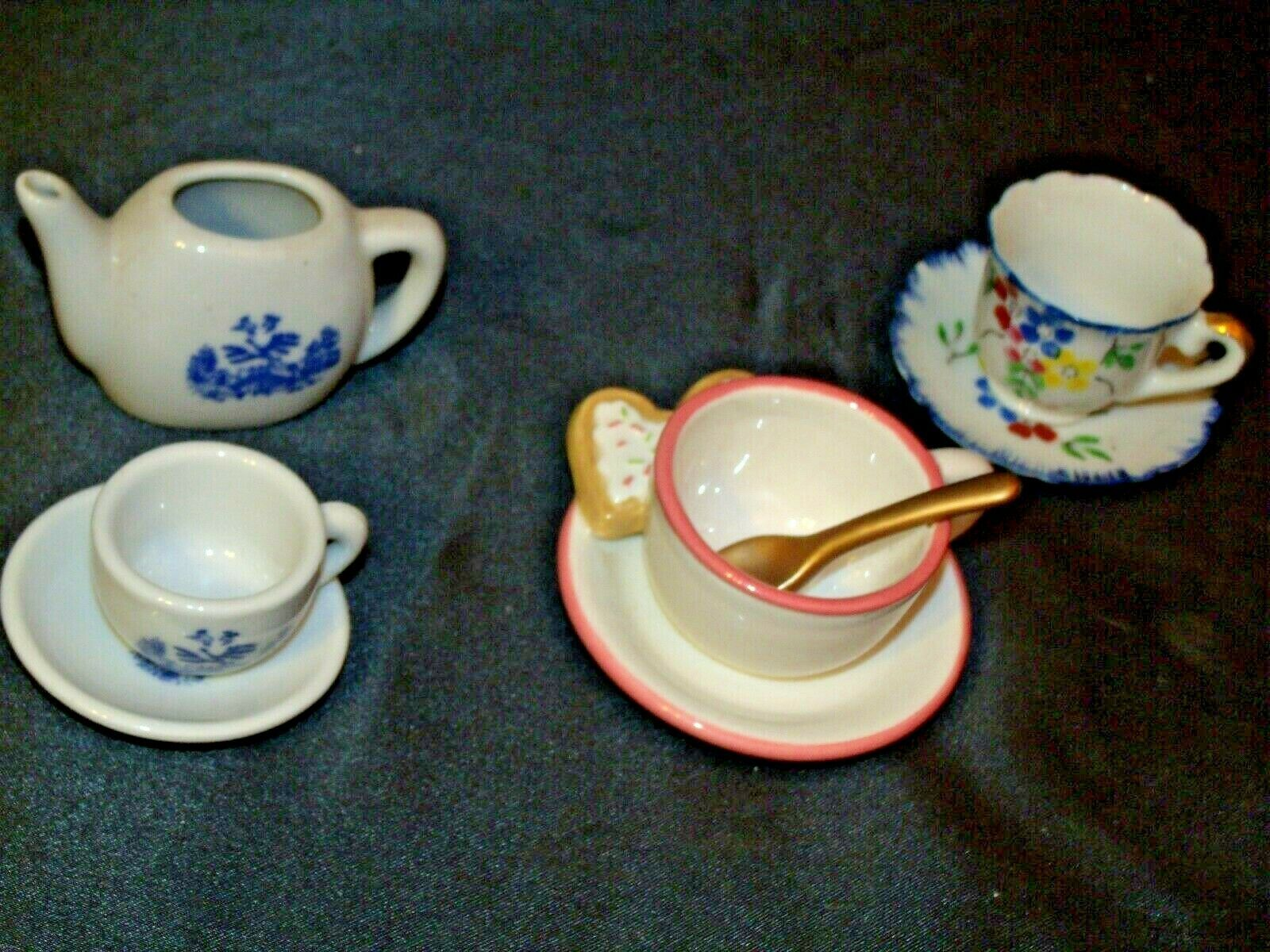 Miniature Pitcher, Tea Cups & Saucers AB 299 Vintage