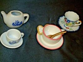 Miniature Pitcher, Tea Cups & Saucers AB 299 Vintage image 1