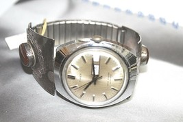 TIMEX AUTOMATIC DAY DATE VINTAGE WATCH WITH CUSTOM SILVER WATCH BAND - $283.20