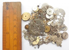 30+gram Vintage Steampunk Watch parts, Wheels Parts, other small parts. D-509 image 2