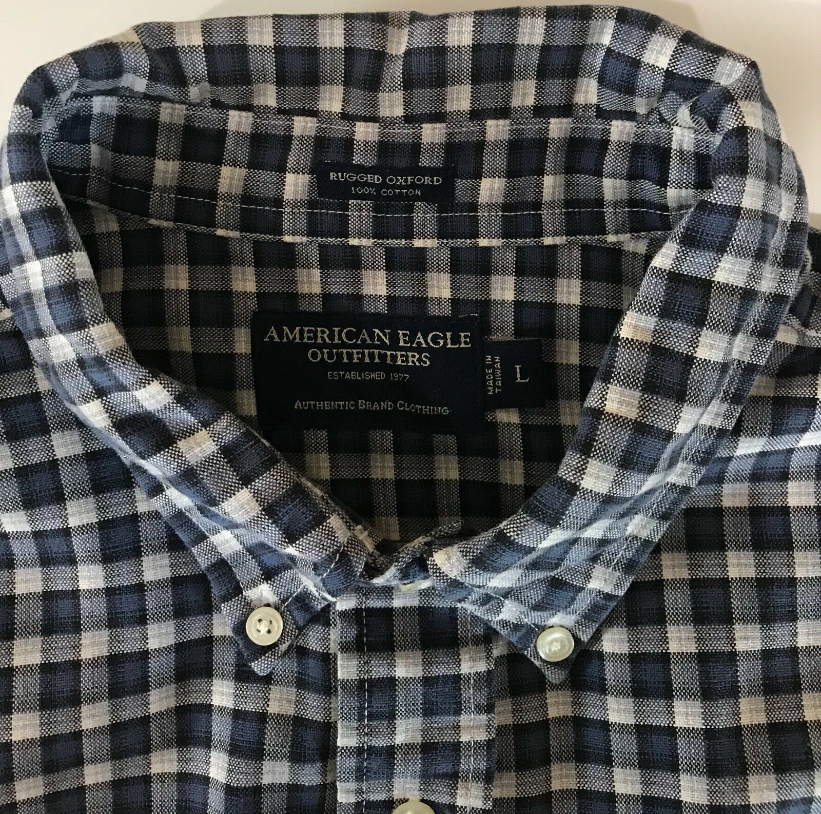 American Eagle Outfitters Men's Rugged Oxford Navy Blue White Check Shirt Large image 4