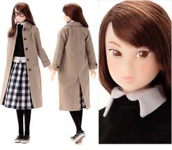 "Sekiguchi Momoko Girl Fashion Doll  ""The Platform Departure"" - $306.90"
