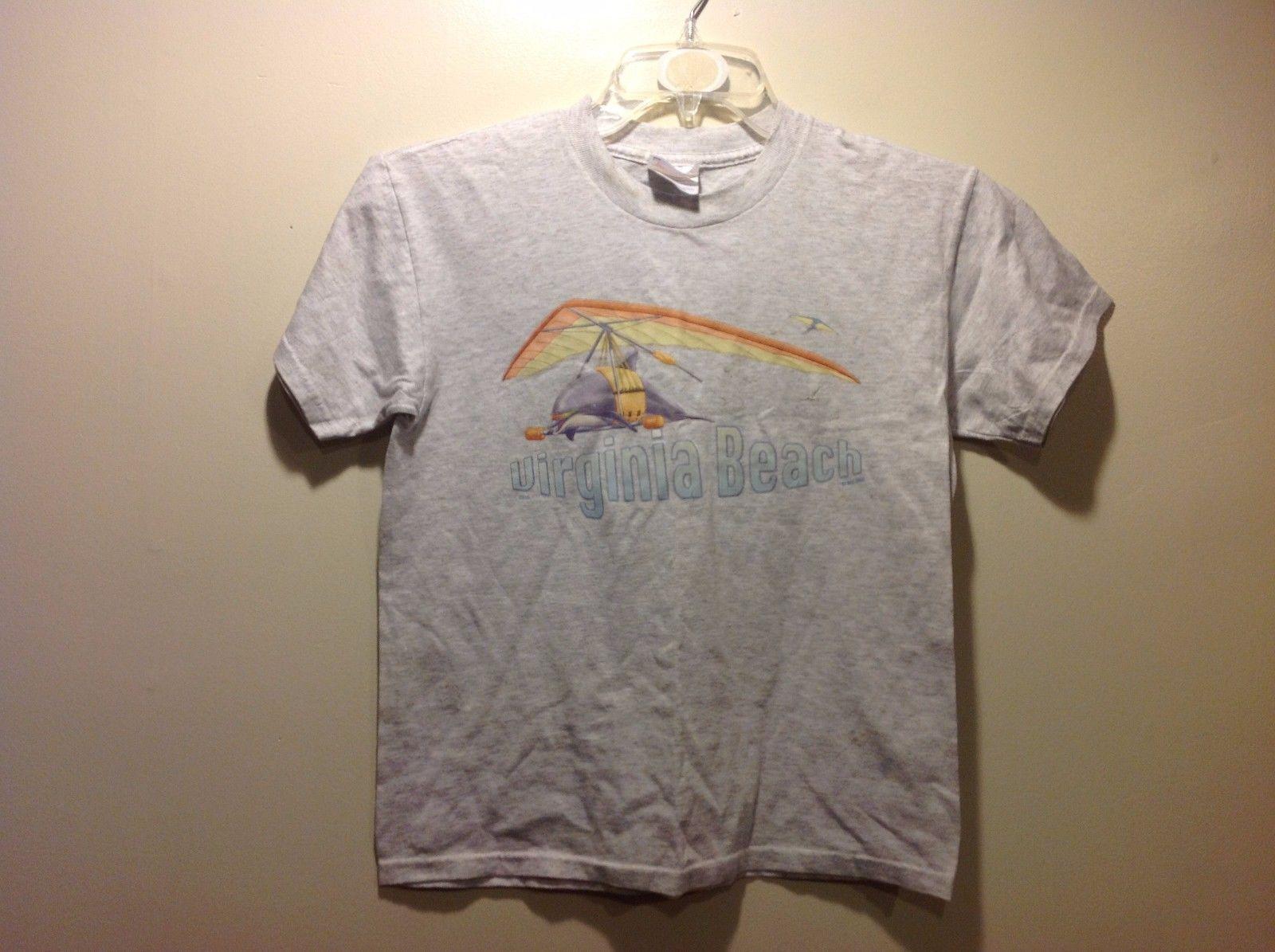 Youth Lt Gray Virginia Beach TShirt w Dolphin and Seashell Graphic Sz 14 16