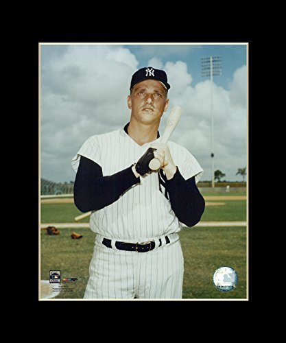 Roger Maris - New York Yankees Matted 8x10 Licensed Photograph in 11x14 Black Ma
