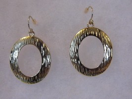 Pair Pierced Earrings Gold Tone Hoop Costume Fashion Jewelry - $10.66