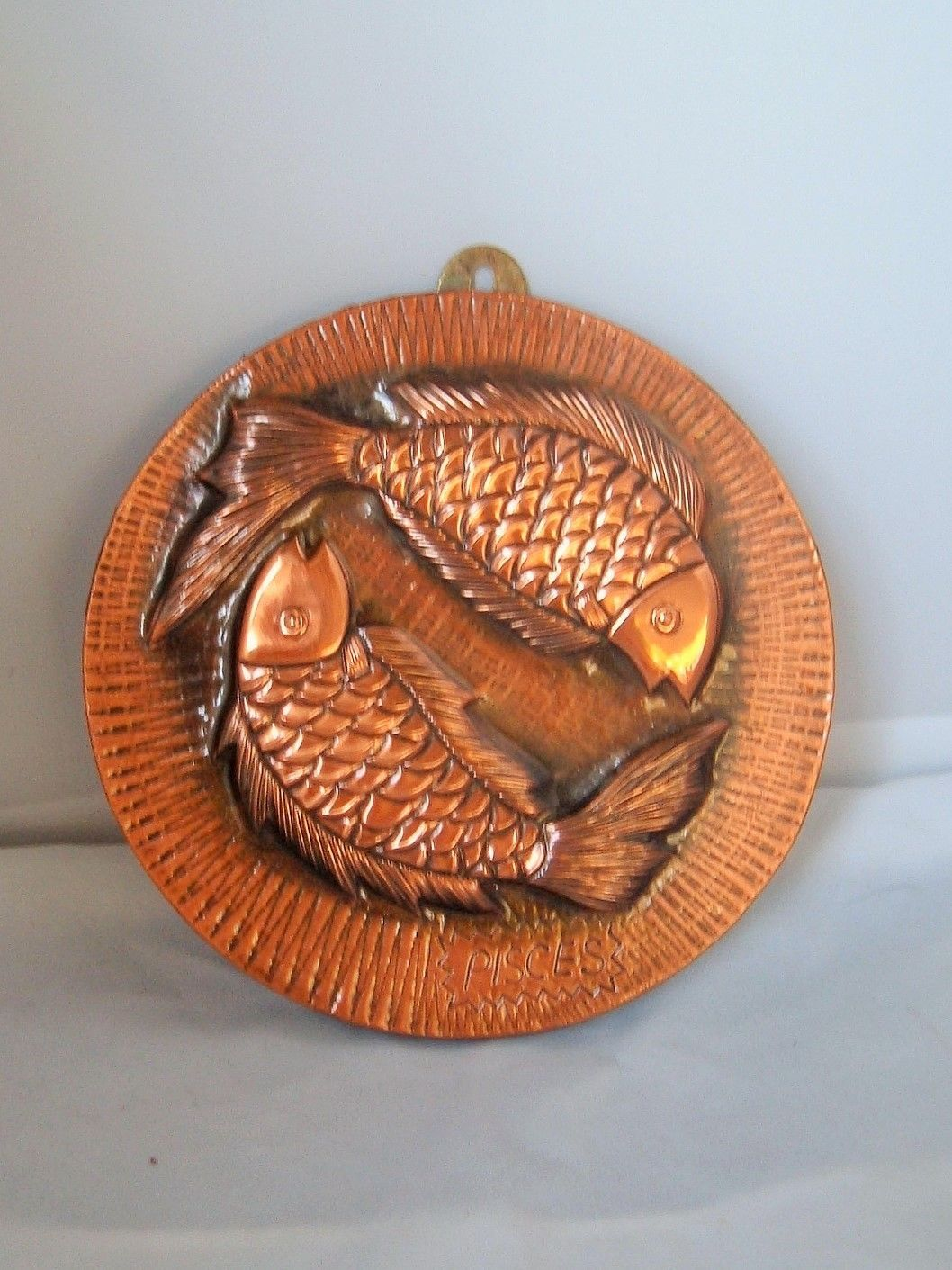 Mod Vtg Copper Fish Pisces Stamped tin Wall Hanging Horoscope Astrology Nautical image 2