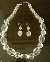 """27"""" VINTAGE GRADUATED CLEAR WHITE  HARD PLASTIC  NECKLACE AND EARING SET - $12.87"""
