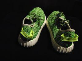 Adidas Yeezy Boost 350 Turtle Dove Size 9 image 5