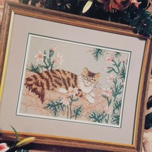 Tabatha's Garden Cat Cross Stitch Leaflet Book Color Charts 1990 Pink Flowers  - $18.99