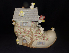 Vintage Mother Goose Woman Who Lived in a Shoe Cookie Jar Lt Blue Roof L... - $44.99