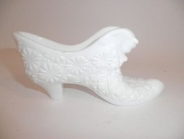 Fenton Miniature White Milk Glass Kitten Shoe D... - $19.95