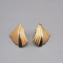 Vintage Goldtone Post Earrings 1980's - $9.89