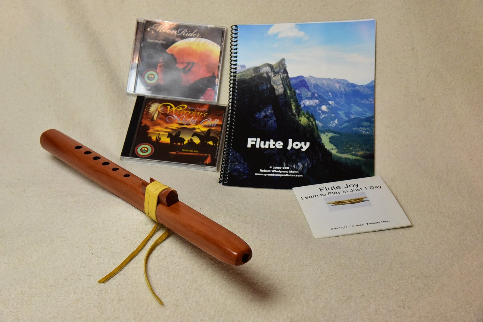 Hi C Windpony Cedar flute with Book, instructional CD, and 2 Windpony flute musi