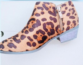 Women Leopard Ankle Boot image 2