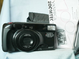 Yashica Zoomtec Zoom 70 Point And Shoot Quality 35mm Compact Camera  -Ni... - $25.00