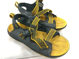 Keen Kids Size US 5 EU 37 Sport Sandals Open Toe Cross Straps Yellow - $19.44