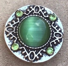Green Interchangeable Snap Button Charm Noosa Chunk 18mm  or Snap Jewelry - $3.49