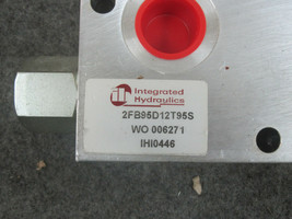 Integrated Hydraulics 2FB95D12T95S Flow Control Valve WO 006271 IHI0446 image 2