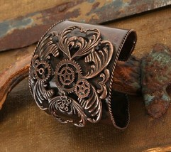 SteamPunk Cosplay Victorian Gears Metal Bracelet Cuff Wristband NEW SEALED - $14.50
