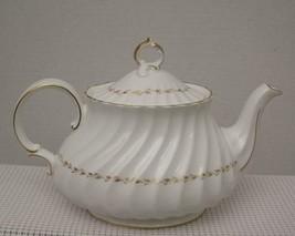 ADRIAN by Royal Doulton China 5 CUP TEA POT H.4816 Gold Laurel England EUC - $96.99