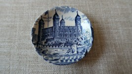 "Vintage Royal Homes of Britain Wedgwood 3"" Wedding Ring Holder - $15.25"
