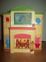 Fisher Price Loving Family Dollhouse Entertainment Center Fireplace Ligh... - $13.85