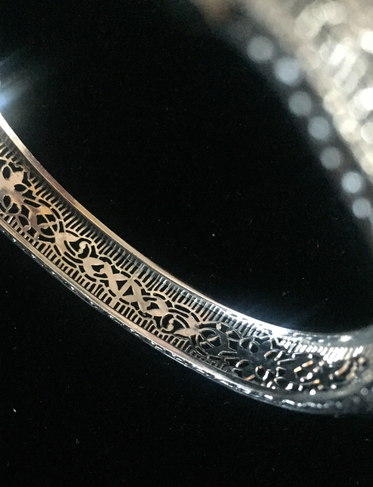 Vintage 20s J.H. Peckham rhodium plated filigree bracelet with buckle detail