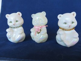 Lovely Fenton bears collection heavy white opalescent ceramic signed Watson - $90.00