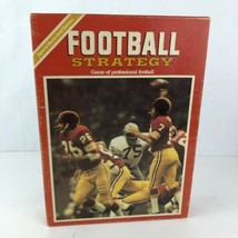 Vintage Sports Illustrated Football Strategy Board Game Avalon Hill 1972 - $19.79