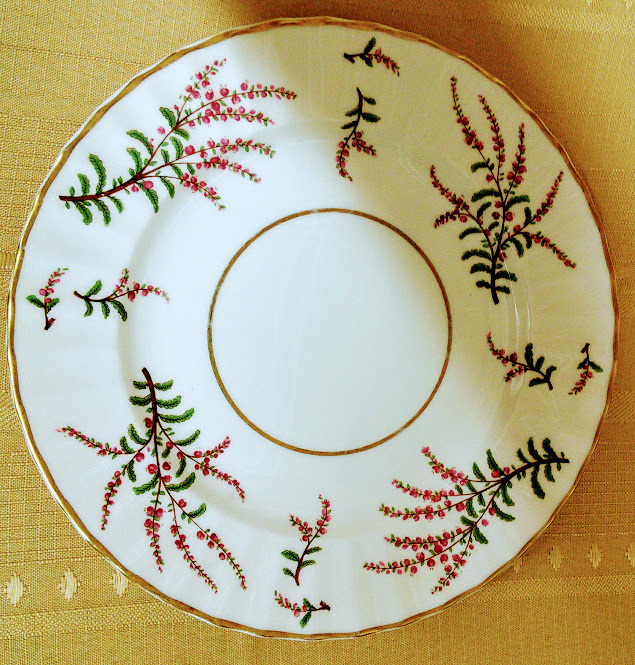 Royal Worcester Made in England Dunrobin Bone China Salad Plate