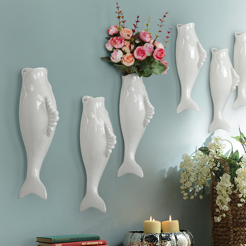 Interior Wall Hung Decorative Fish Shape Vase with Artificial Flowers Home Bar