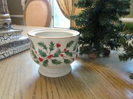 Vtg Lenox China Holiday Sugar Bowl Base American By Design Holly Berry W/STICKER - $7.87